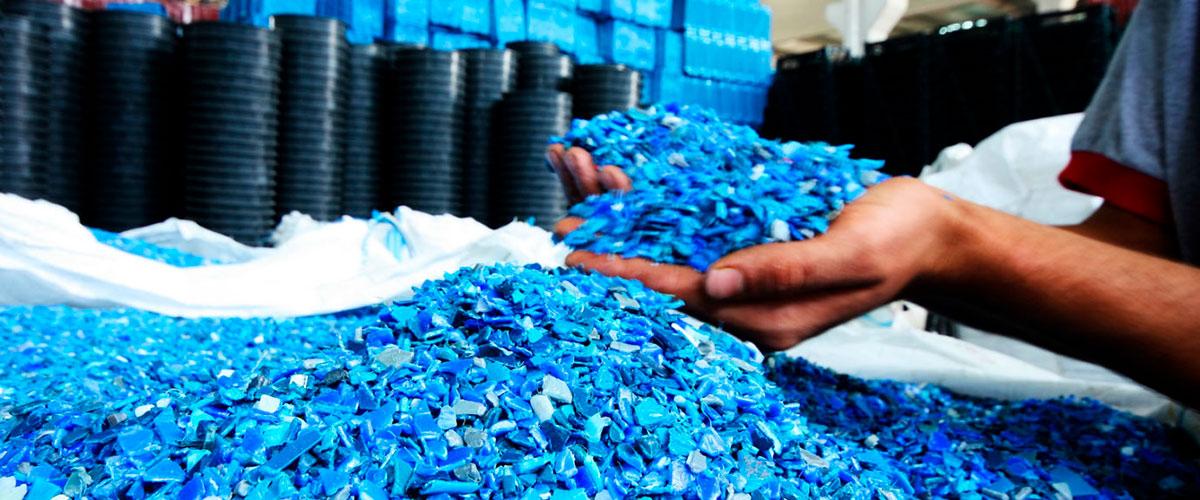 A incrementar el reuso de residuos industriales y municipales